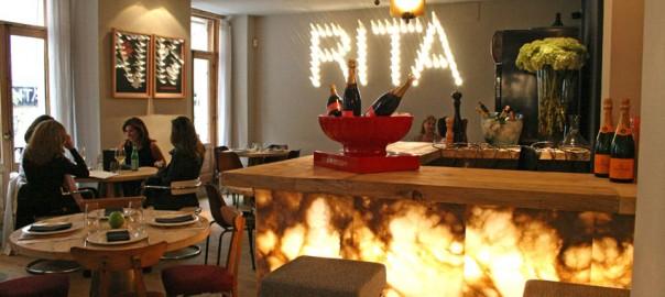 Rita & Champagne en la calle Orellana