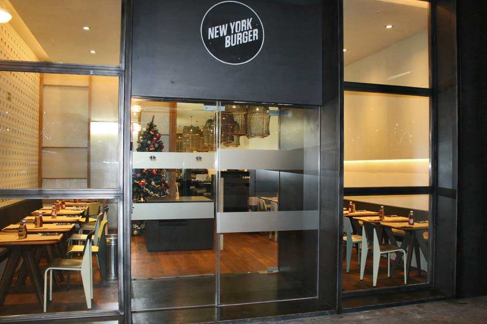 Entrada a New York Burger Castellana
