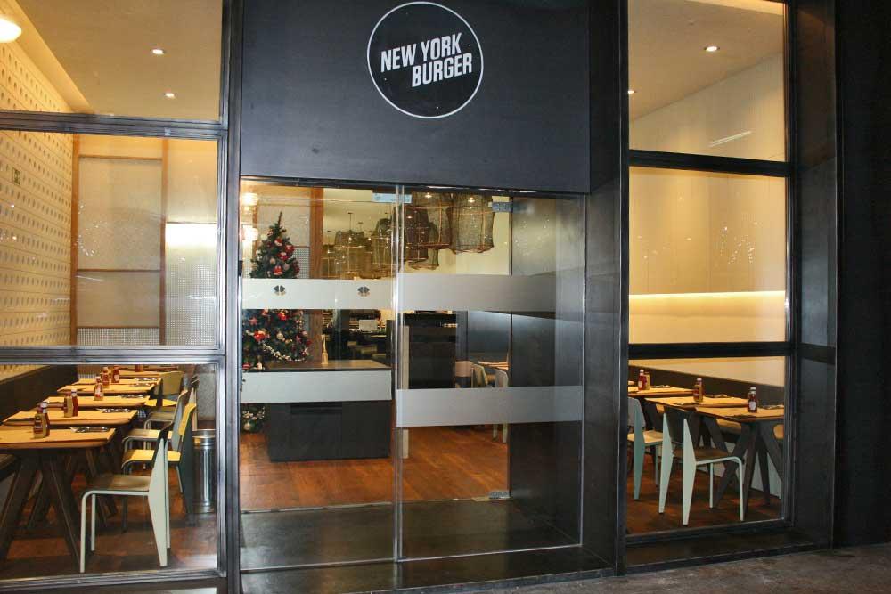 Entrada a New York Burger Castellana