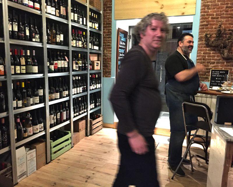 Wine Attack en la calle Limón de Madrid